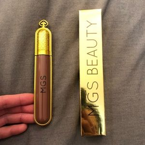 MGS beauty matte liquid lipstick in brown color.